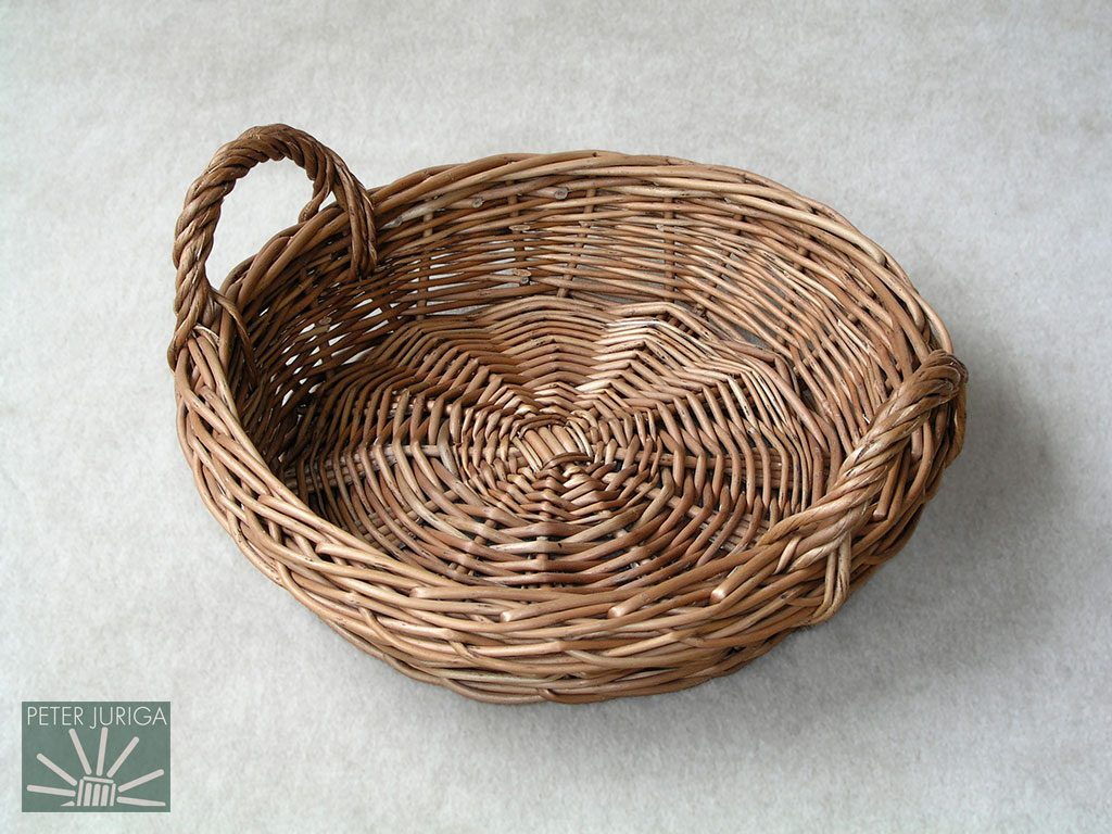 e49231874 2001 Prvý košík, ktorý vznikol počas prípravy knihy Košikárstvo - premeny  vŕbového prútia | Peter